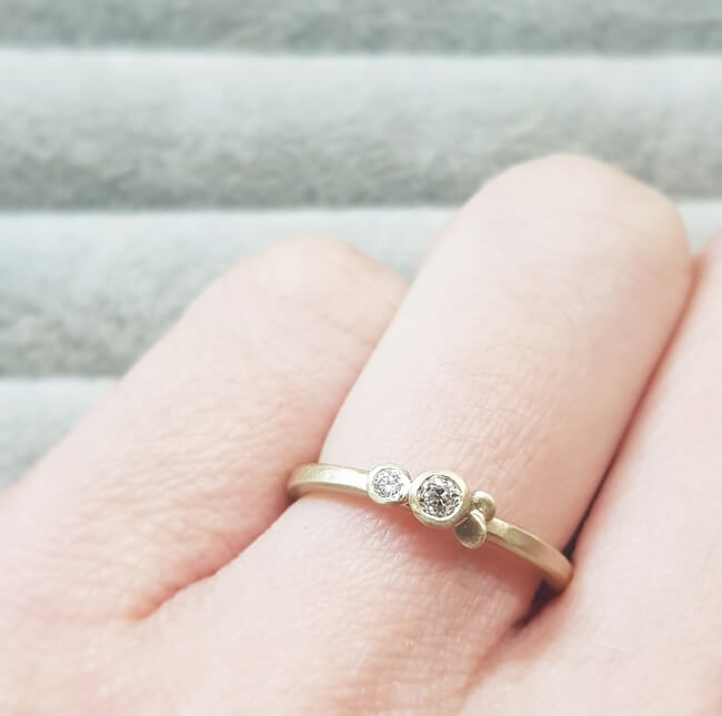 Large-Lacey-Double-Cluster-Stacking-Ring-Jane-Kenney-Clifton-Rocks-Bristol-1